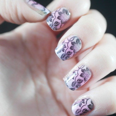 Flowery Gradient nail art by Nailingtons
