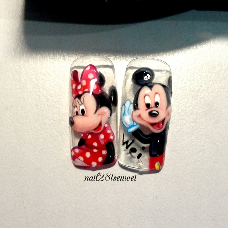 Mickey mouse nail art by Weiwei