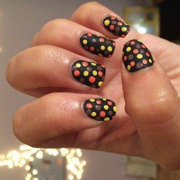 Dots in the Dark nail art by glitter_toxic