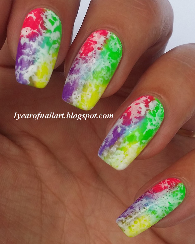 Neon water spotted nail art by Margriet Sijperda