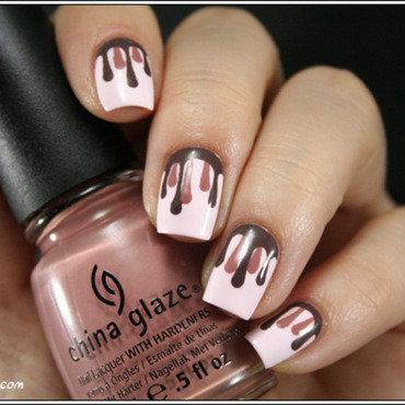 Chocolat dégoulinant nail art by Mary Monkett