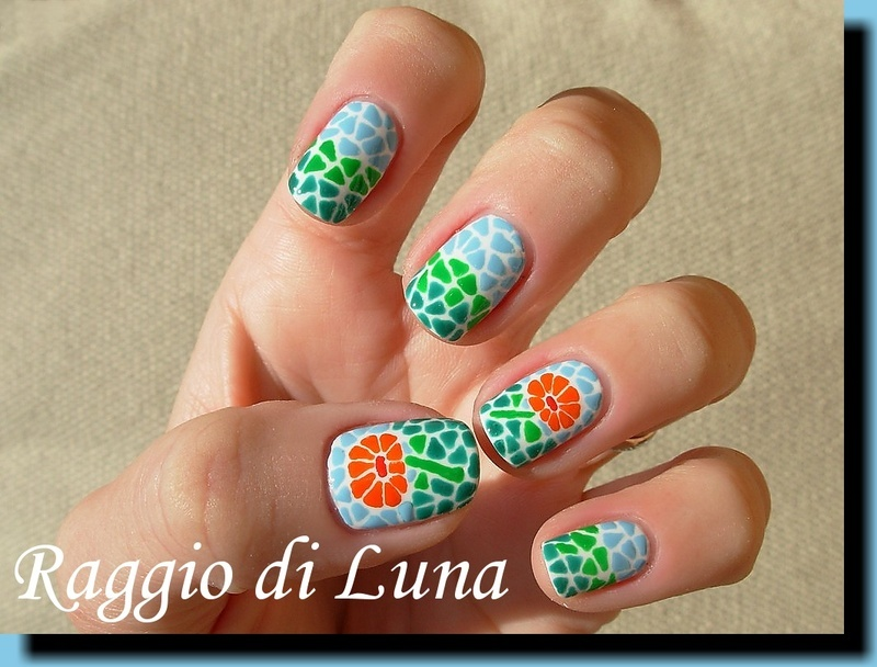 Mosaic flower nail art by Tanja