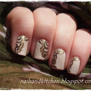 Golden helix 	 nail art by Eliza