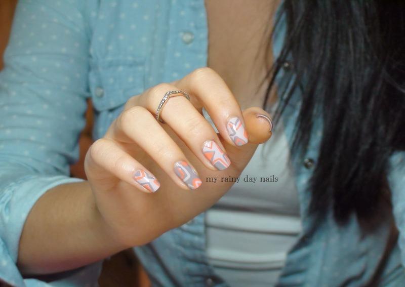 Retro Triangle Nail Art nail art by Nova Qi (My Rainy Day Nails)