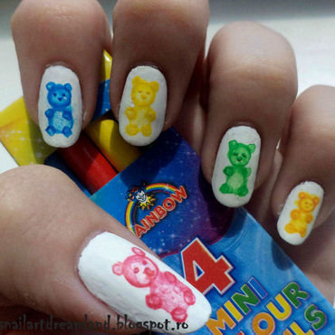 Gummy Bears nail art by Sophie