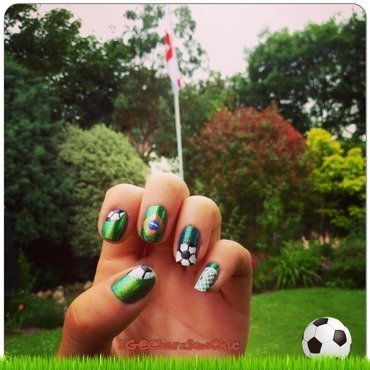 World Cup Brazil 2014 - Flying the flag for England! nail art by Charlotte Speller