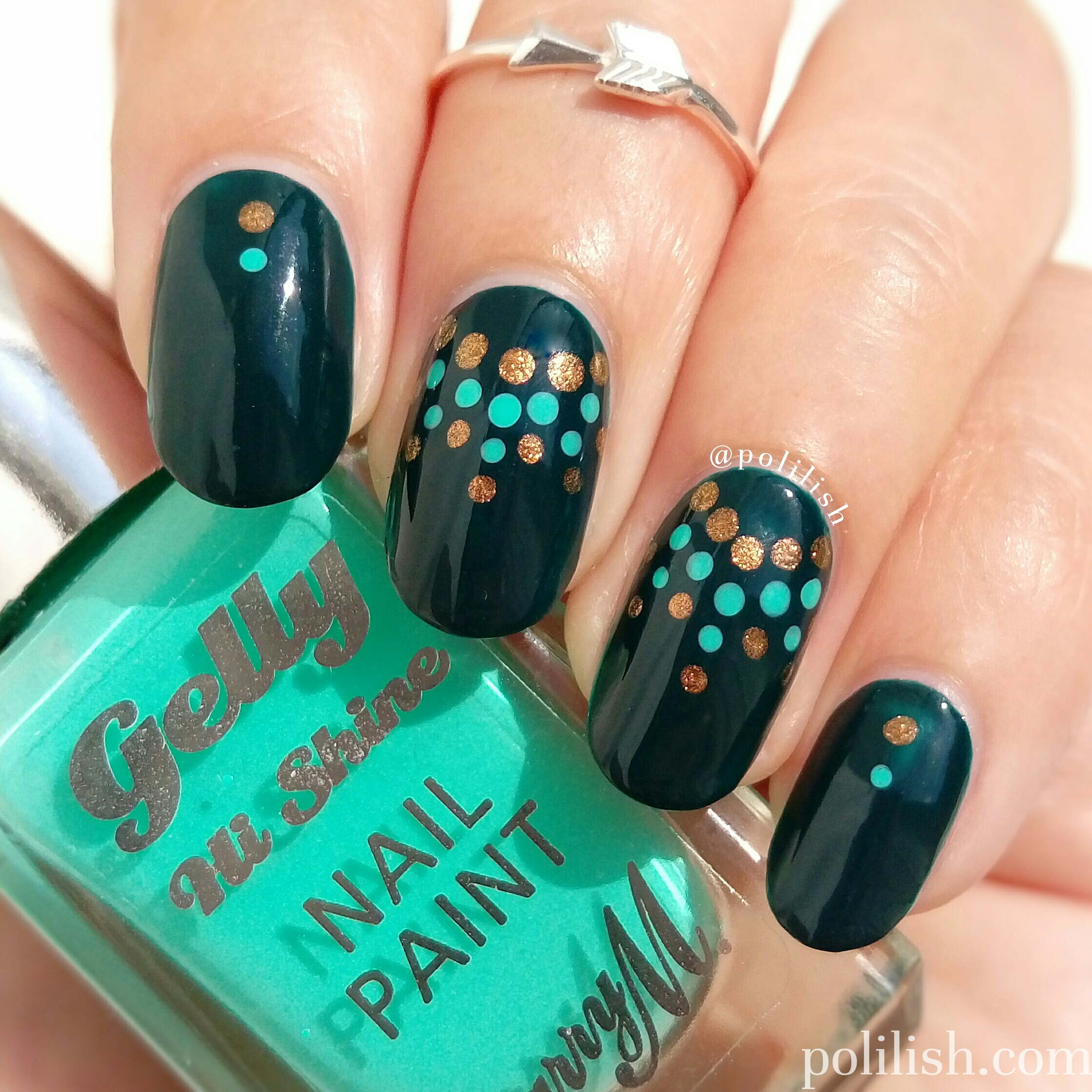 Green and gold dotticure nail art by polilish