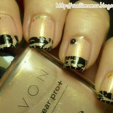 Crackle french nail art by Isabella