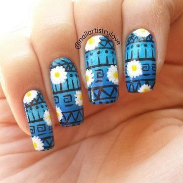 Tribal Daisies nail art by Julia